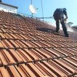 Čištění taškové střechy